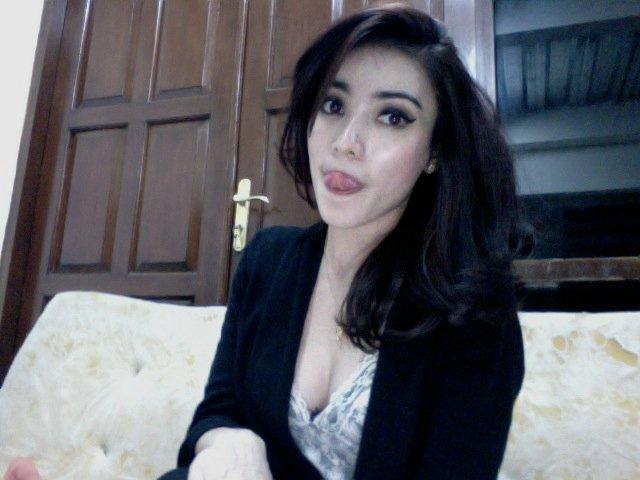Model Hot Bugil Indonesia: Berbagai Model Jilbab Nurtitikdanicha