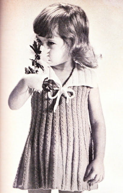 The Vintage Pattern Files: Free 1960's Knitting Pattern - Little Girls Sailor Dress