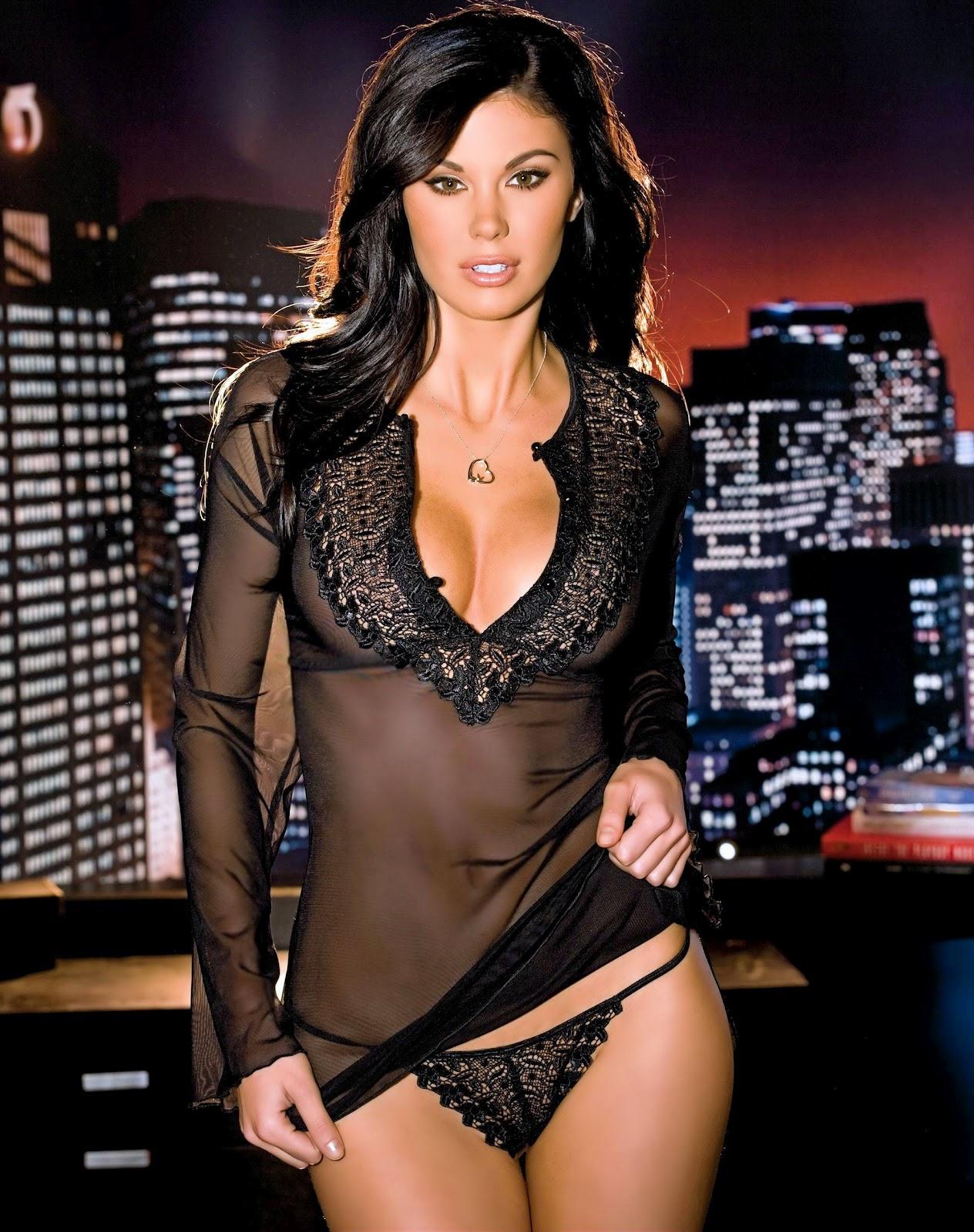 Jayde Nicole Hot