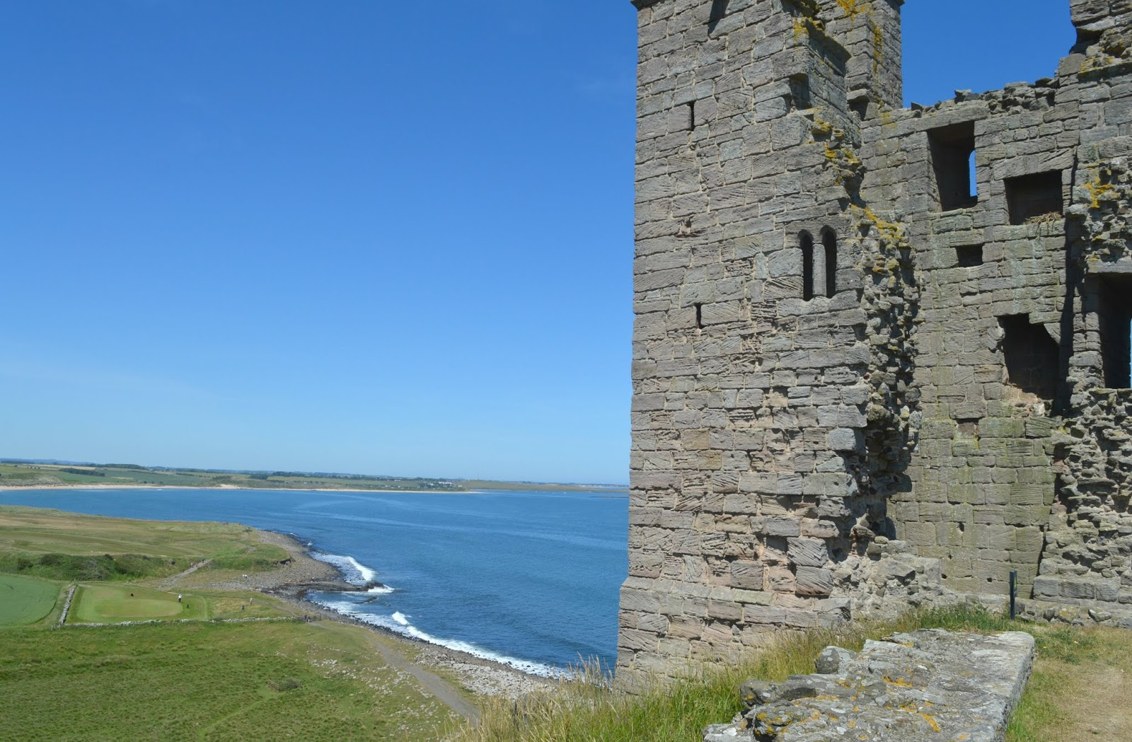 Best Walks in the North East - Dunstanburgh