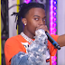 "Playboi Carti performa o hit ""Magnolia"" no programa TRL da MTV"