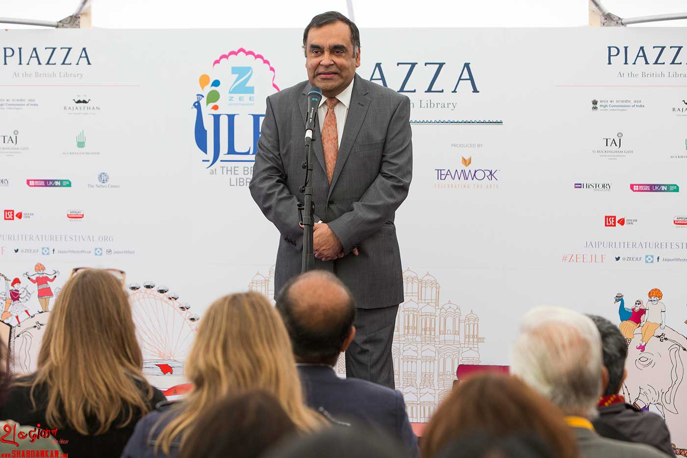 Indian-High-Commissioner-Y.K.-Sinha-Inaugural-Address-of-ZEE-JLF-at-British-Library-photo-by-Stuart-Armitt