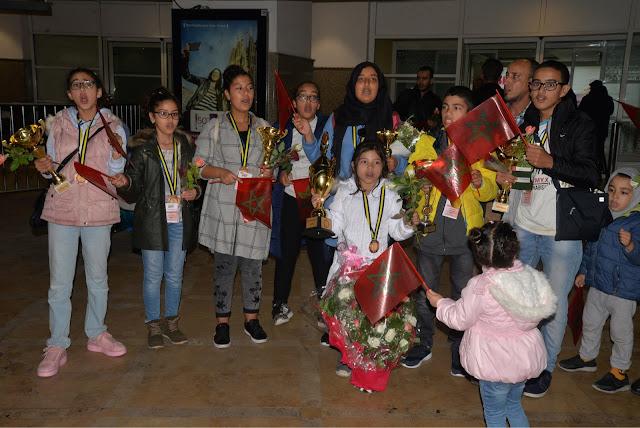 La petite marocaine Malak BELARBI, remporte la première place dans le concours international du calcul mental et les marocains sont les premiers