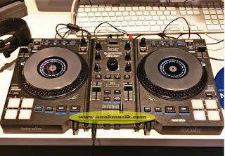 Belajar Cara Menjadi DJ (Disc Jockey) Untuk Pemula