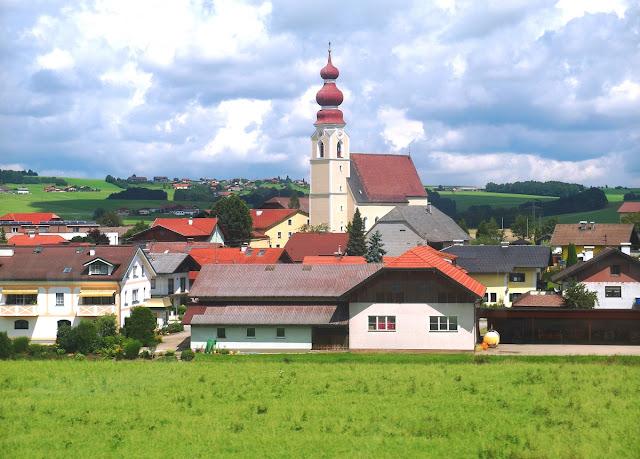Österrike från tågfönster