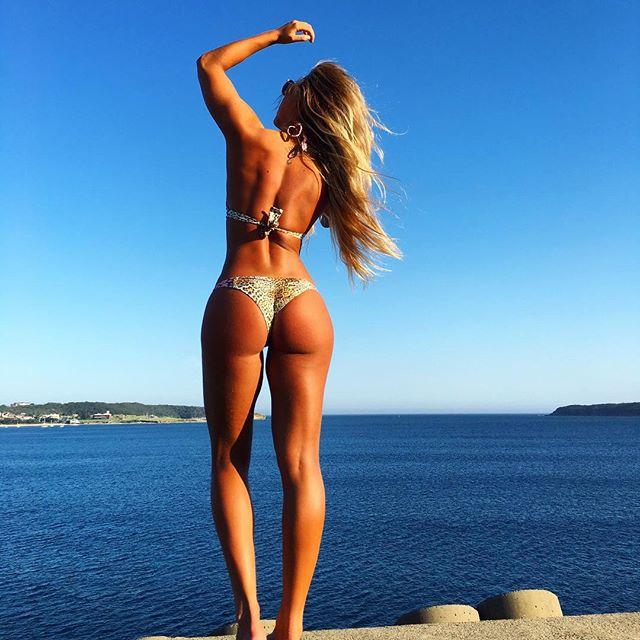 Kali Burns και η γυμναστική είναι sexy
