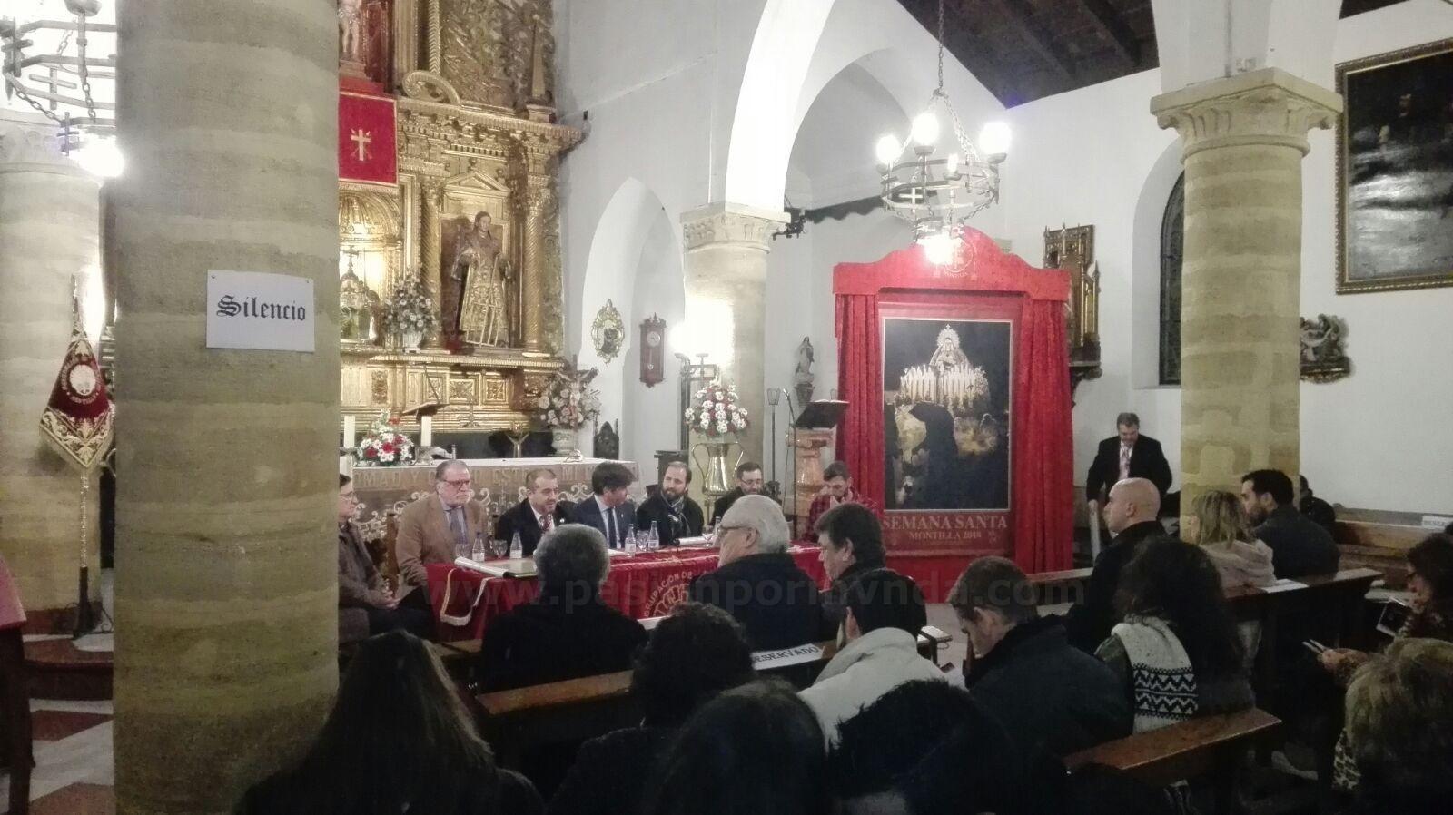 16ed8b229cf PASIÓN POR MVNDA  La Agrupación de Cofradías presenta el cartel