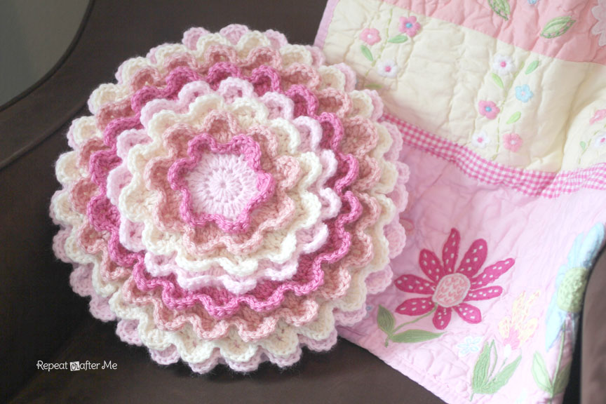 Crochet Me Free Patterns : Crochet Blooming Flower Pillow - Repeat Crafter Me