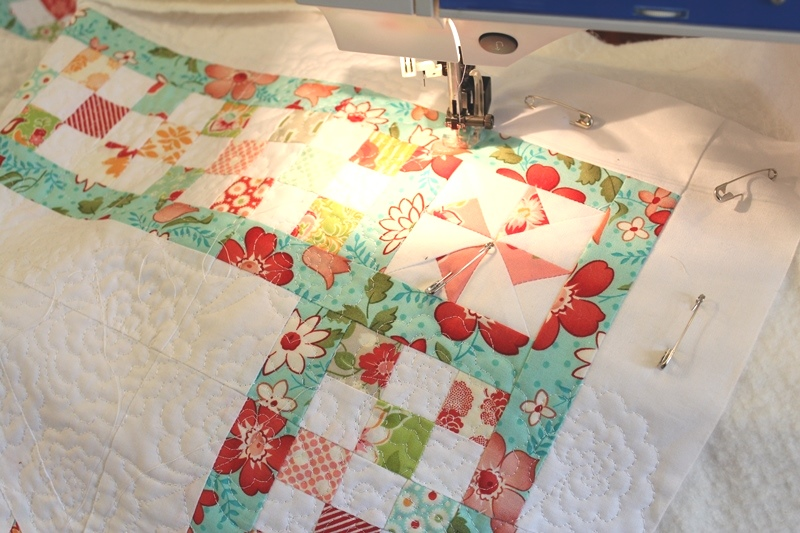 Threadbare Creations: Chatelaine Free BOW Sampler Quilt - Quilting ... : quilt facts - Adamdwight.com