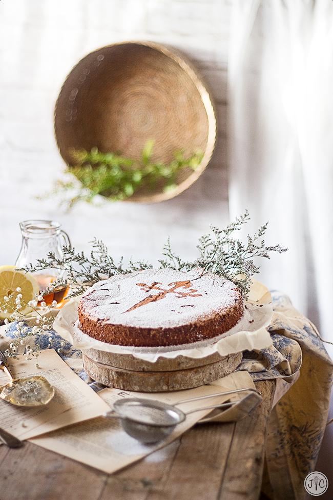 Tarta De Santiago Una Receta Tradicional Increible Jaleo En La Cocina