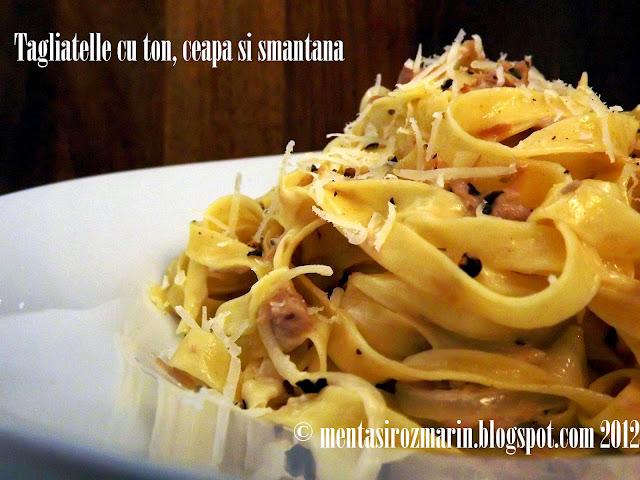 Taste of Italia: Tagliatelle cu ton, ceapa si smantana [*non-vegetarian]