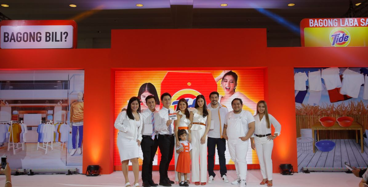Tide ambassadors (L-R) Kris Lumagui, Fifth and Fourth Solomon, Ate Mela Francisco, Luis Manzano, Lloyd Cadena