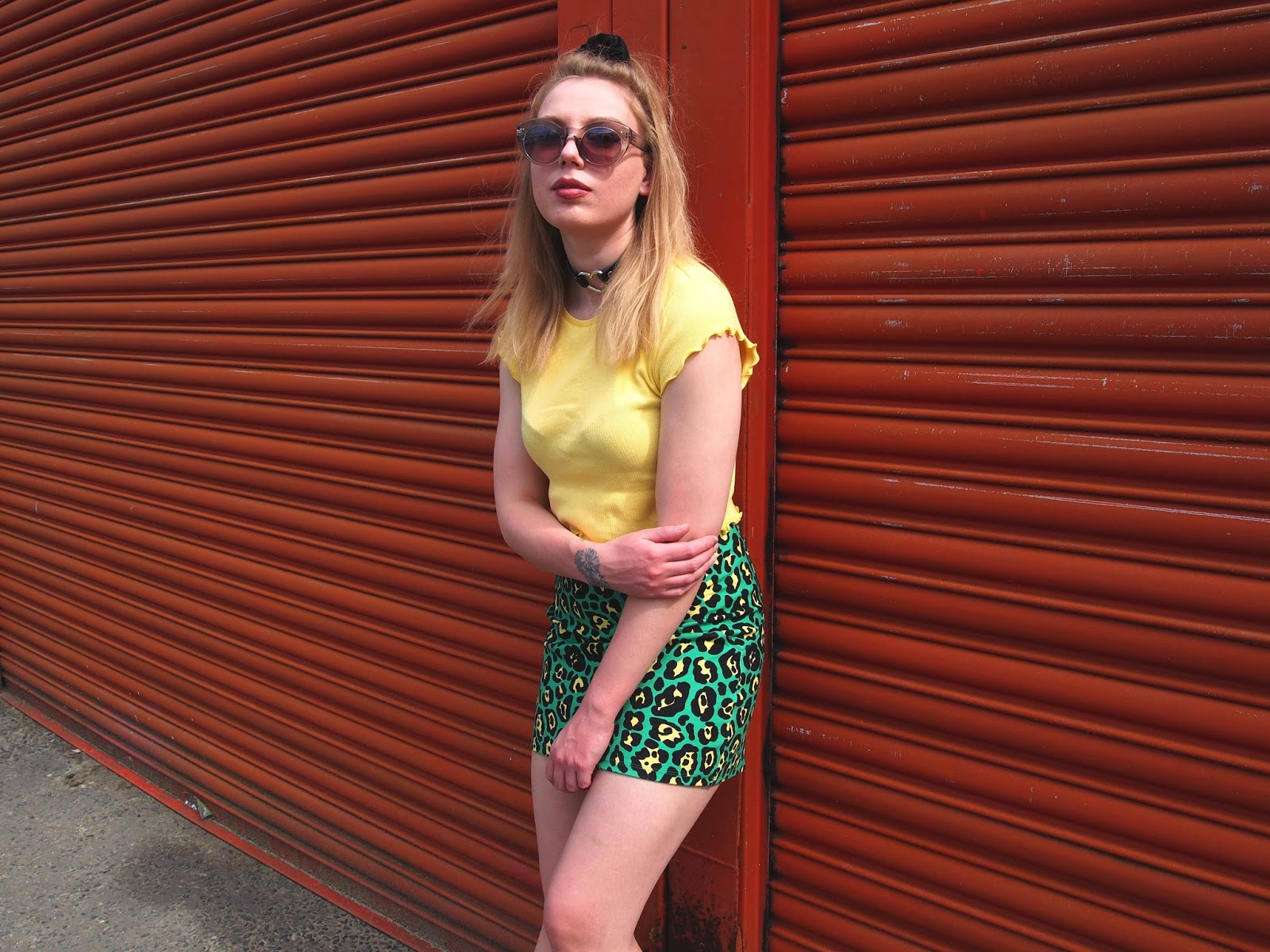 grunge 90's fashion style outfit ootd, summer casual alternative unique outfit, colourful leopard print bodycon skirt, lettuce frill trim 90's crop top, heart o ring choker, half up hair 1