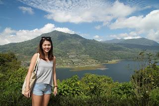 Hasil gambar untuk twin lake bali