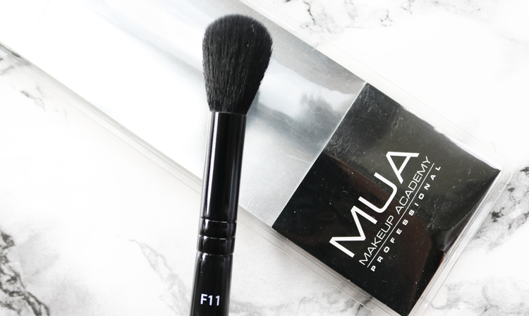 MUA F11 Highlighting Brush review