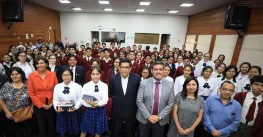 Premian a escolares ganadores de Concurso Nacional de Historietas sobre Derechos Humanos y Reconciliación Nacional que por sexto año realiza la Comisión Multisectorial de Alto Nivel - CMAN