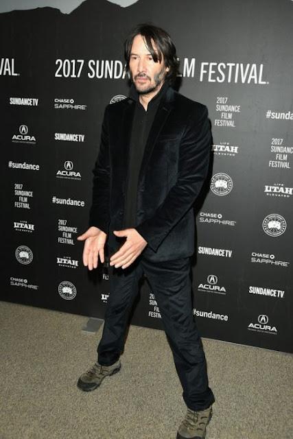 Keanu Reeves usa el mismo estilo de ropa desde hace 25 años