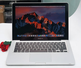 Macbook Pro 13 Core i7 Bekas