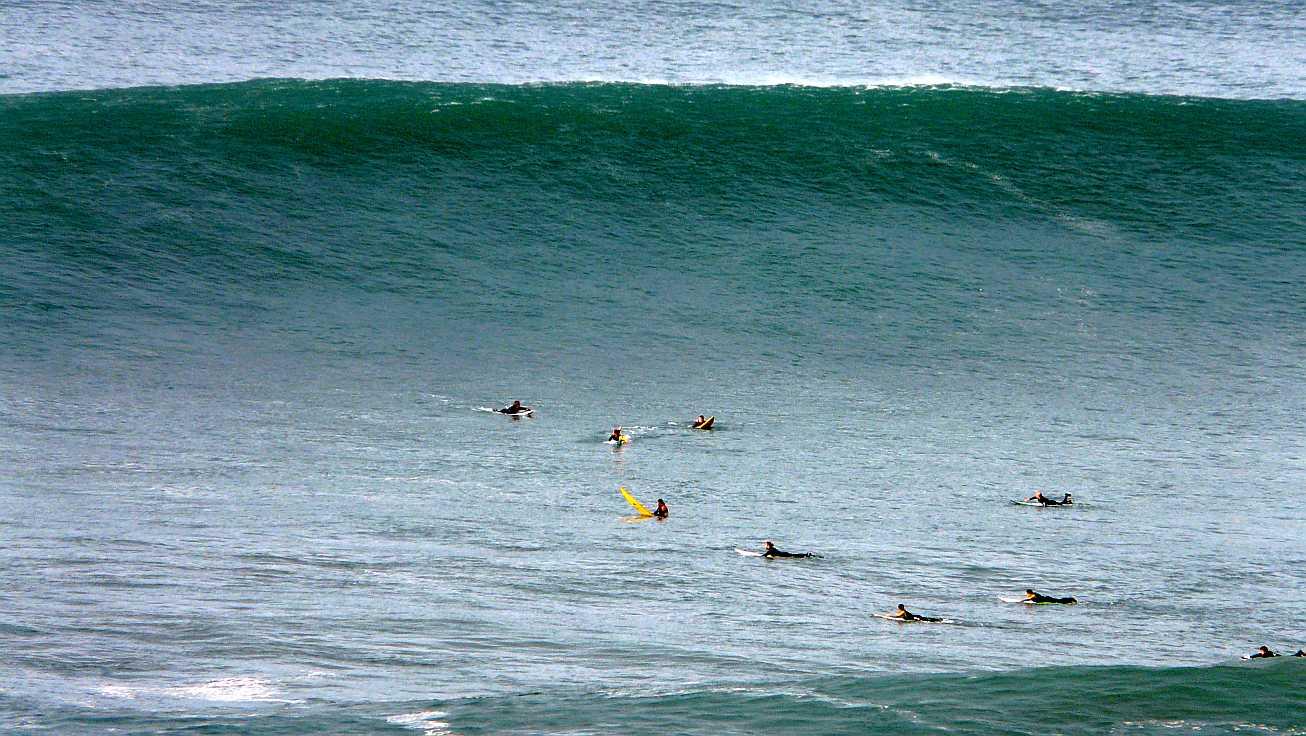 surf menakoz diciembre 2015 olas grandes 09