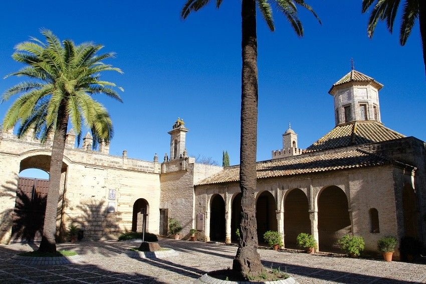 Menyusuri Jejak Kejayaan Islam di Italia, Dari Cordoba Hingga Menara Giralda