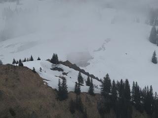 Tiefblick zur Alpe Gund