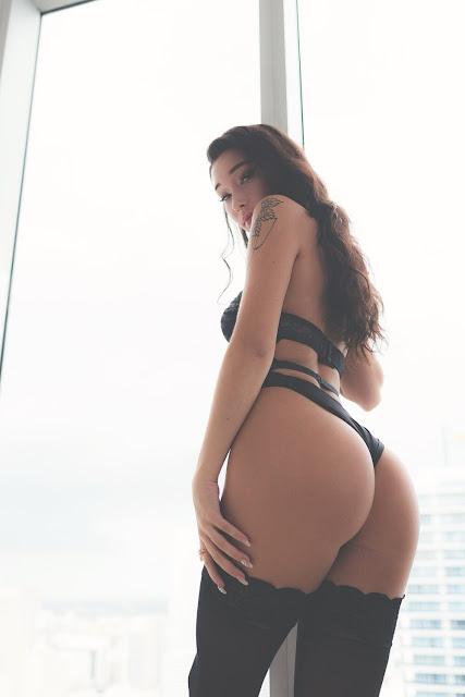 Carly Bel butt