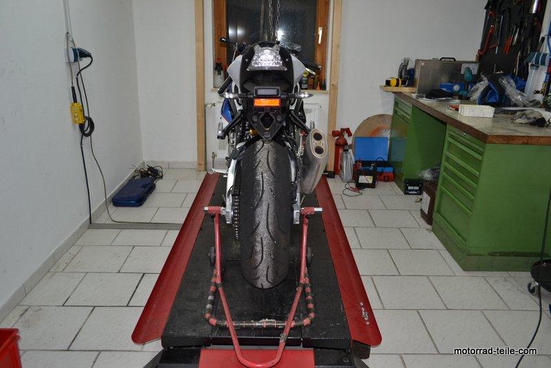 gebrauchte motorradteile schraubertipps bmw s1000rr typ 0d10 gebrauchte motorrad. Black Bedroom Furniture Sets. Home Design Ideas