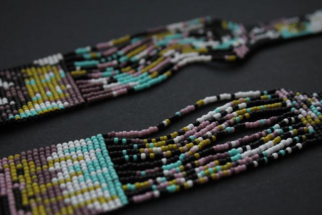 современные крупные украшения на шею купить гердан из японского бисера