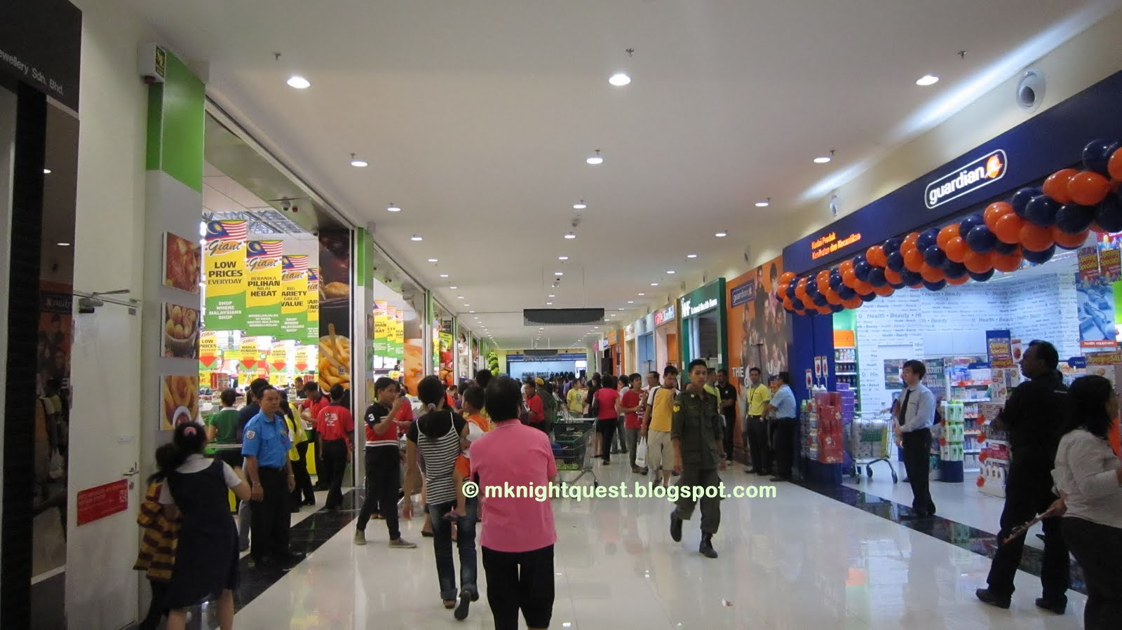 Hypermarket and giant