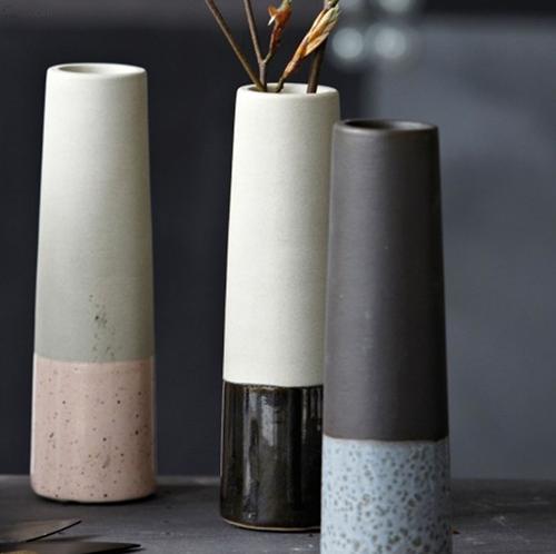 http://www.shabby-style.de/vase-tube-grey