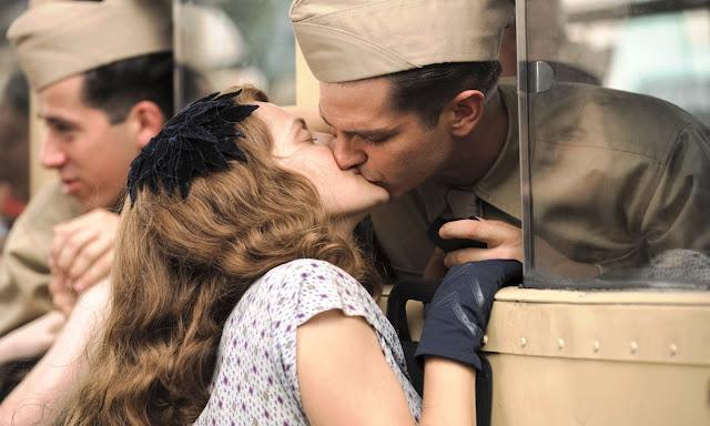 Mel Gibson's, Hacksaw Ridge, kiss scene, dead bodies, Andrew Garfield