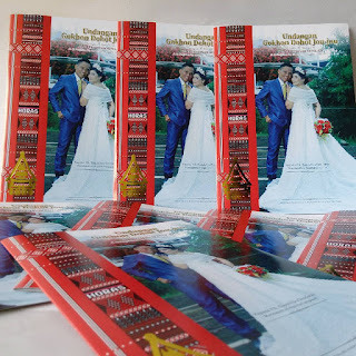 cover desain undangan perniakahan batak