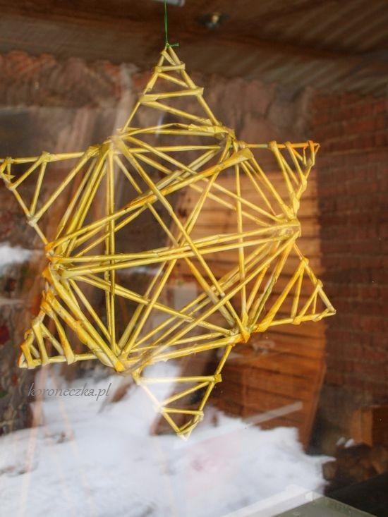 Gwiazda sześcioramienna z wikliny papierowej