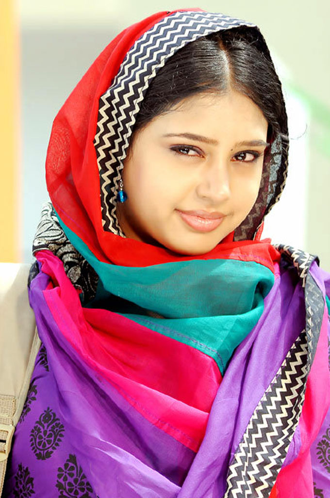 [Image: Niti+Taylor+Hd+Wallpaper+03.jpg]
