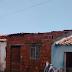 Casa é destruída parcialmente por incêndio no bairro São Francisco em Cajazeiras