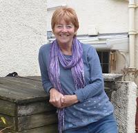 Liz Hinds author