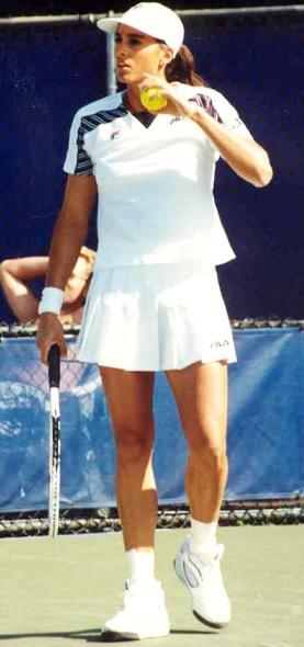 Foto de Gabriela Sabatini en la cancha de tenis