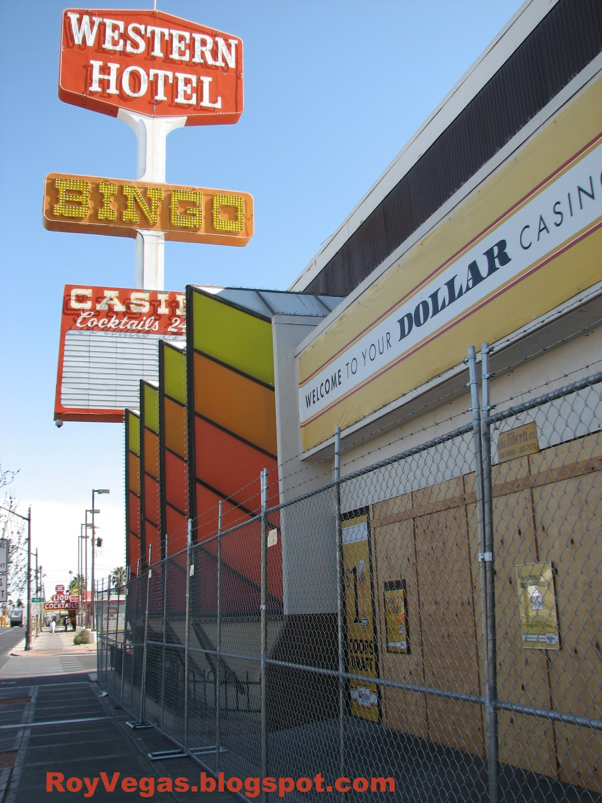 Las Vegas Nevada Western Hotel And Closed Fenced Photoset Of 6