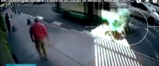 Video: Momento en el que un microbús arrolla a un ciclista