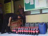 Nah, Warung Miras Digerebek Eh Ternyata Milik Polisi, Netizen: Mubahalah Makan Korban Lagi