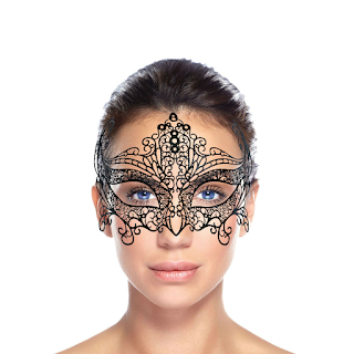 Modelo com Máscara de Carnaval Elegance 6