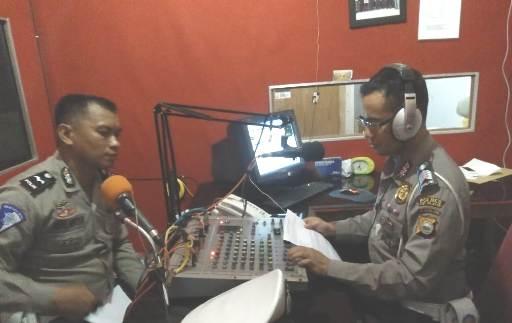 Sat Lantas Polres Kep. Selayar, Sosialisasi Ops. Zebra 2018 Lewat Radio Lokal