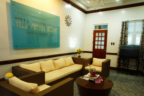 hotels in angono