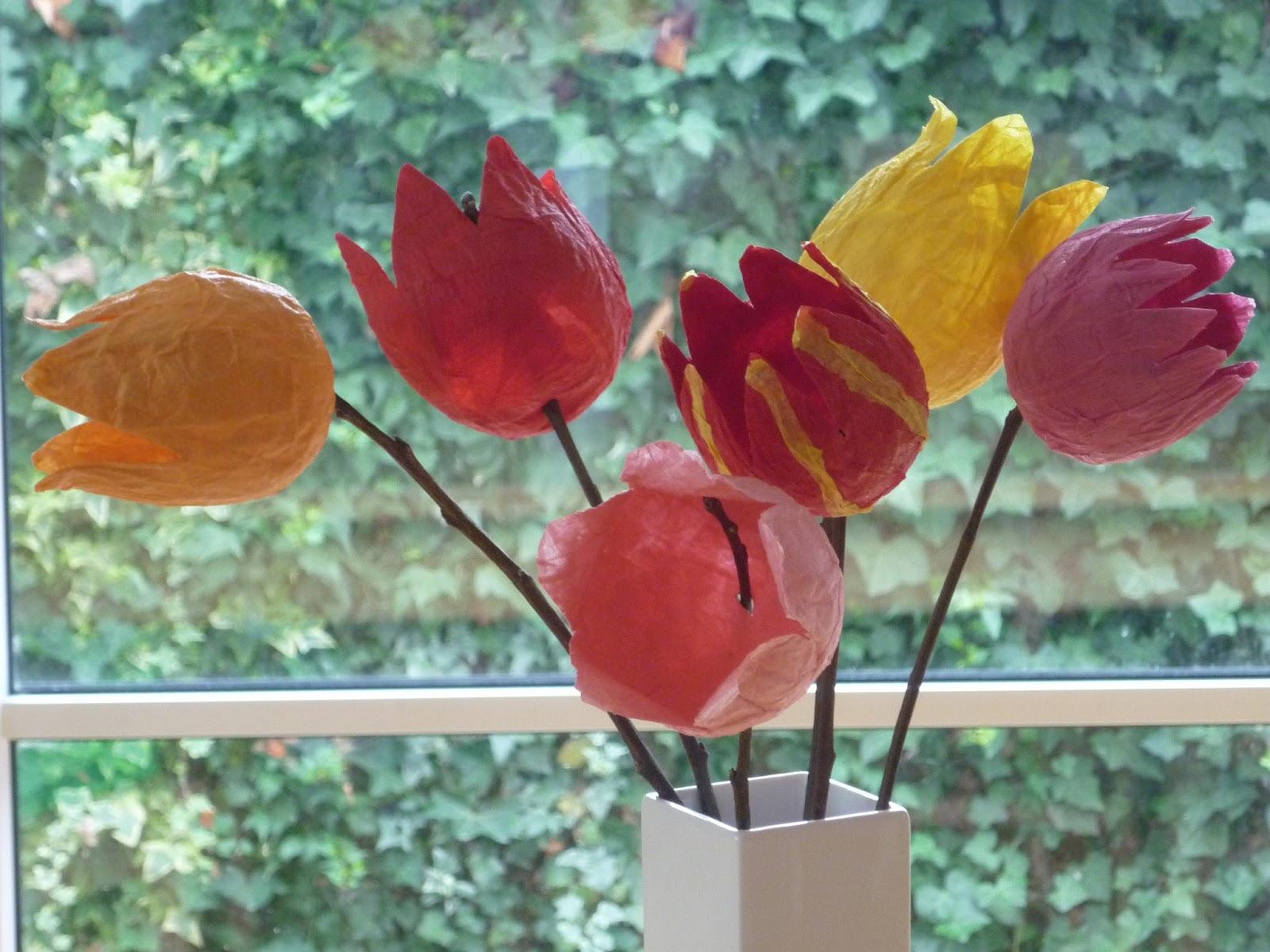 bodenseewellen fr hlingserwachen herzblutprojekt im april tulpen aus krepp papier diy. Black Bedroom Furniture Sets. Home Design Ideas