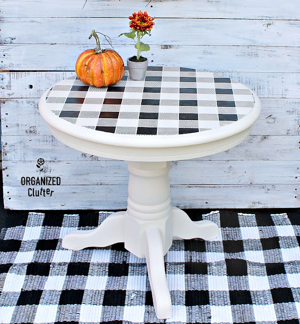 A Buffalo Check Upcycled End Table #oldsignstencils #stencil #buffalocheck #buffaloplaid #upcycle #dixiebellepaint