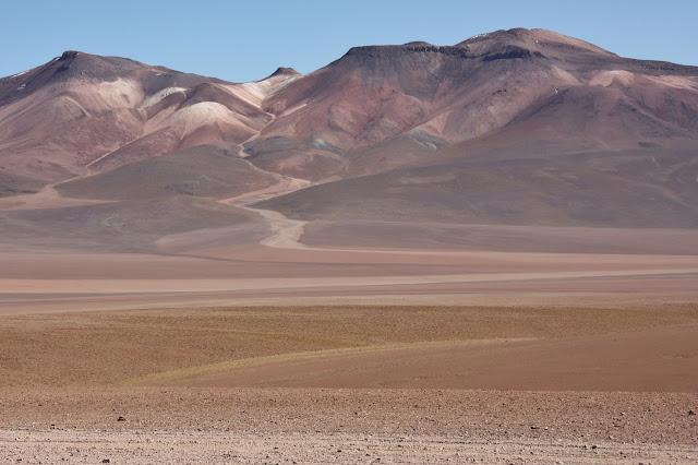 Jara Pampa, ou Deserto de Dalí, no Altiplano Andino da Bolívia