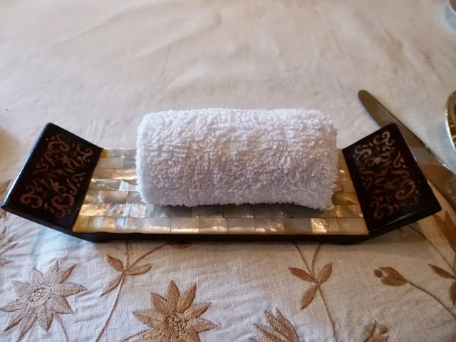 Falaknuma Palace Images: Refreshing towel