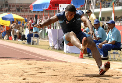 Atlet, Lompat Jauh, Kompetisi, Lapangan, Pendaratan