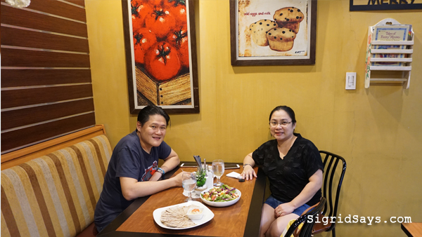 Bacolod restaurants - Cookies 'N Crumbs Cafe and Restaurant