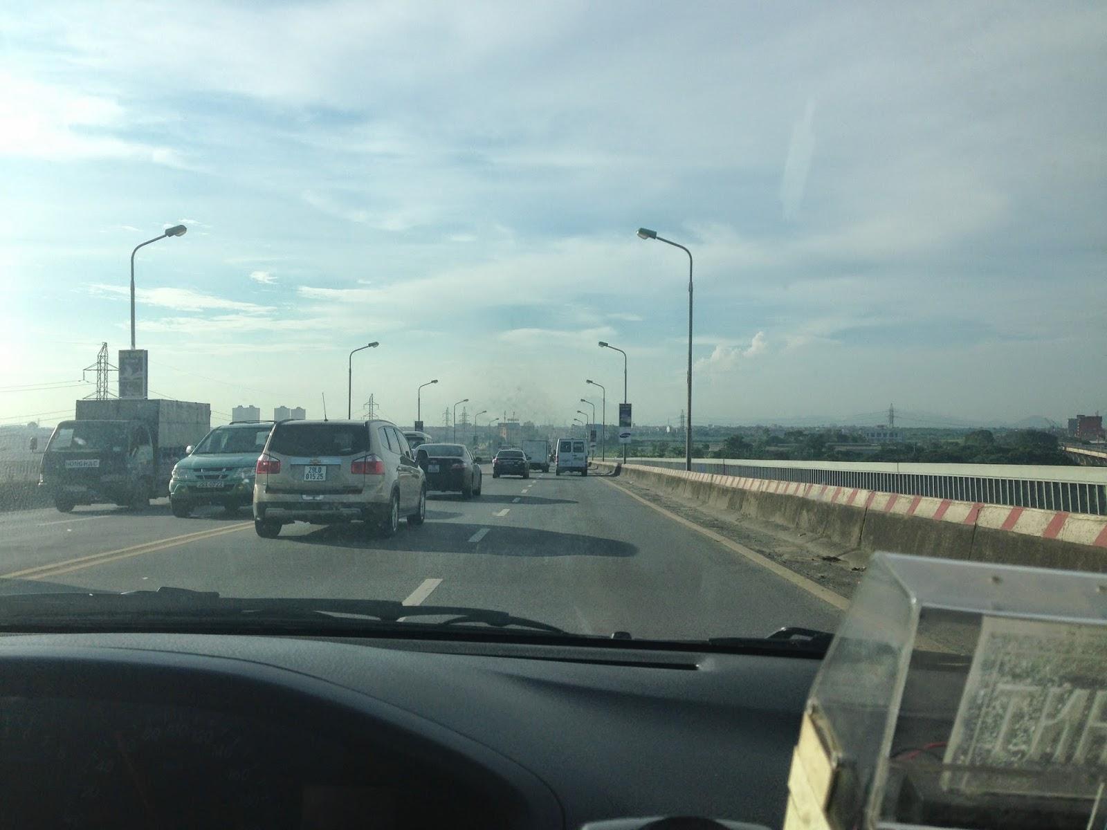 way-to-noibai-airport-hanoi
